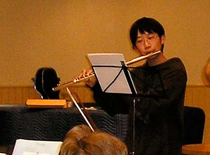 The 2009 concerto performer was Michael Oh.  He played the Georg Telemann Suite in A minor for flute on May 8th, 2009 at the Cowichan Centre Theatre.